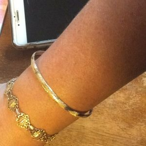 Jewelry - 14k Flex Diamond Cut Bangle